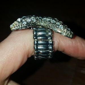 White House Black Market Jewelry - NWT White House Black Market RARE Starfish Ring